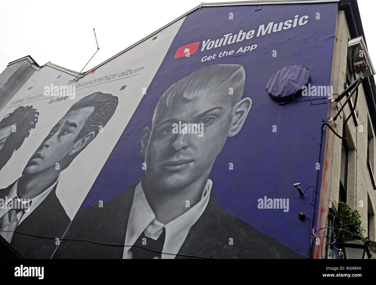 GoTonySmith,HotpixUK,@HotpixUK,England,UK,North West England,manchester,city centre,NQ4,Northern Quarter,1975,YouTube,Music,Get The App,Advert,on,building,Manchester City Centre,M4 2AF,M4,Music Get The App Advert,on gable end of building,Manchester,City Centre,GB,Ad,faces,face,band,billboard,Youtube music billboard,Youtube Music,2019,Manchester Band,Adam Hann,Ross MacDonald,George Daniel,streaming,service,A brief inquiry into online relationships