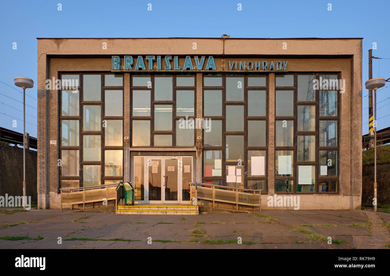 the-brutalist-facade-of-the-vinohrady-train-station-in-bratislava-slovakia-RK79H9.jpg