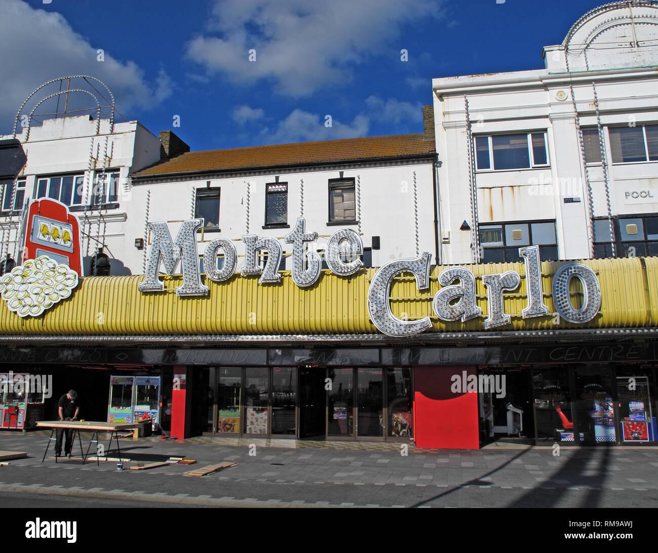 GoTonySmith,HotpixUK,@HotpixUK,England,UK,GB,Southend,Seaside,town,Essex,South East England,classic,Southend-on-Sea,Southend on Sea,southeastern,English,english seaside,resort,Last Resort,seaside resort,Southend-on-Sea Borough Council,Borough,Council,Shakedown,Great London Rideout,seafront,SS1,SS1 2EJ,Monte Carlo,Amusement Arcade
