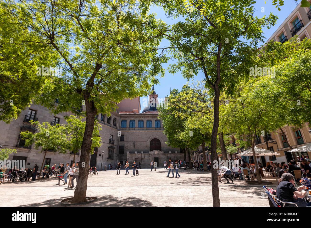 plaza-de-la-paja-madrid-spain-RN8MMT.jpg