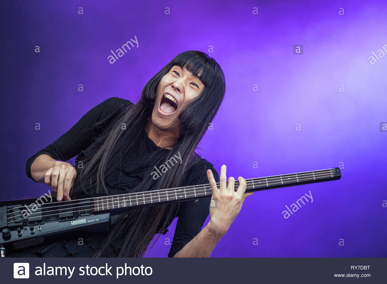 bo-ningen-performing-live-at-musilac-sum