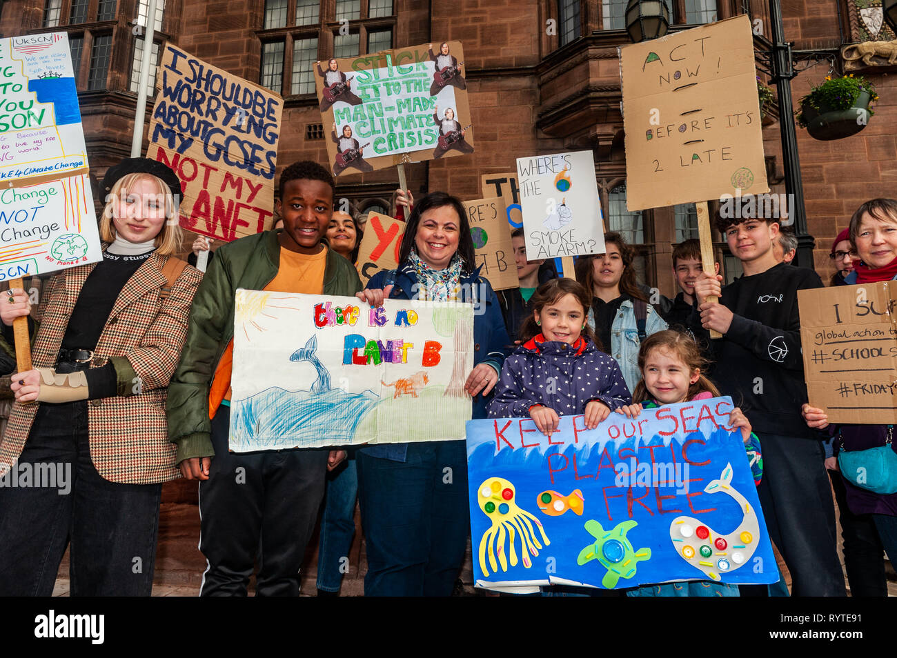 coventry-west-midlands-uk-15th-march-2019-a-large-crowd-of-protesters-gathered-outside-coventry-council-house-this-morning-with-banners-and-placards-in-the-latest-climate-change-protest-young-people-have-taken-to-the-streets-of-the-uk-in-a-global-protest-to-try-and-bring-about-climate-change-credit-andy-gibsonalamy-live-news-RYTE91.jpg