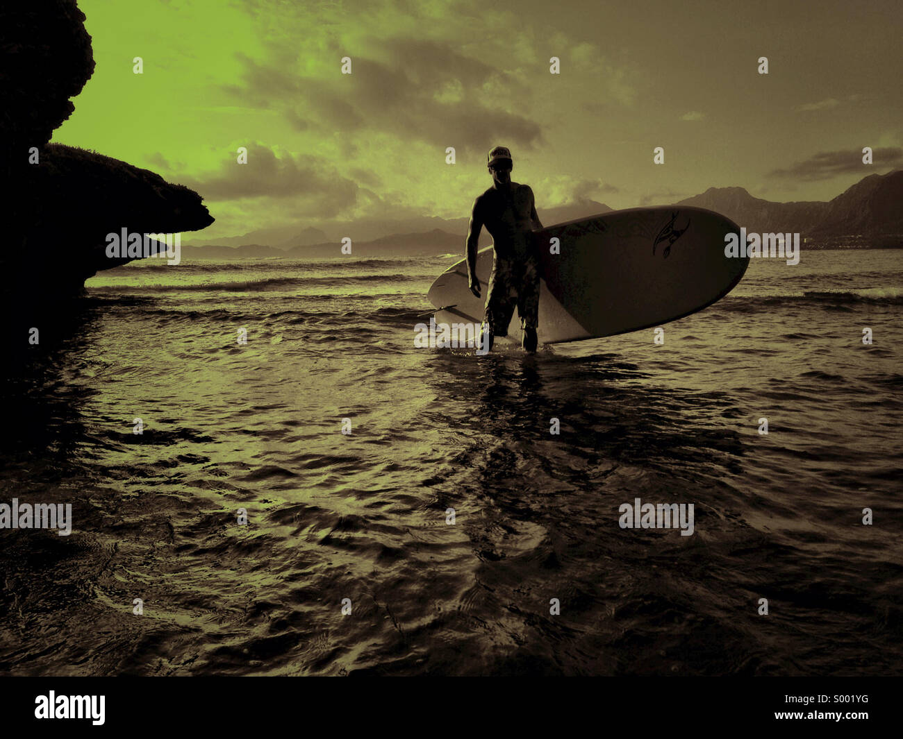 Stand up paddle day trip at Kaneohe Bay, Oahu, Hawaii. - Stock Image