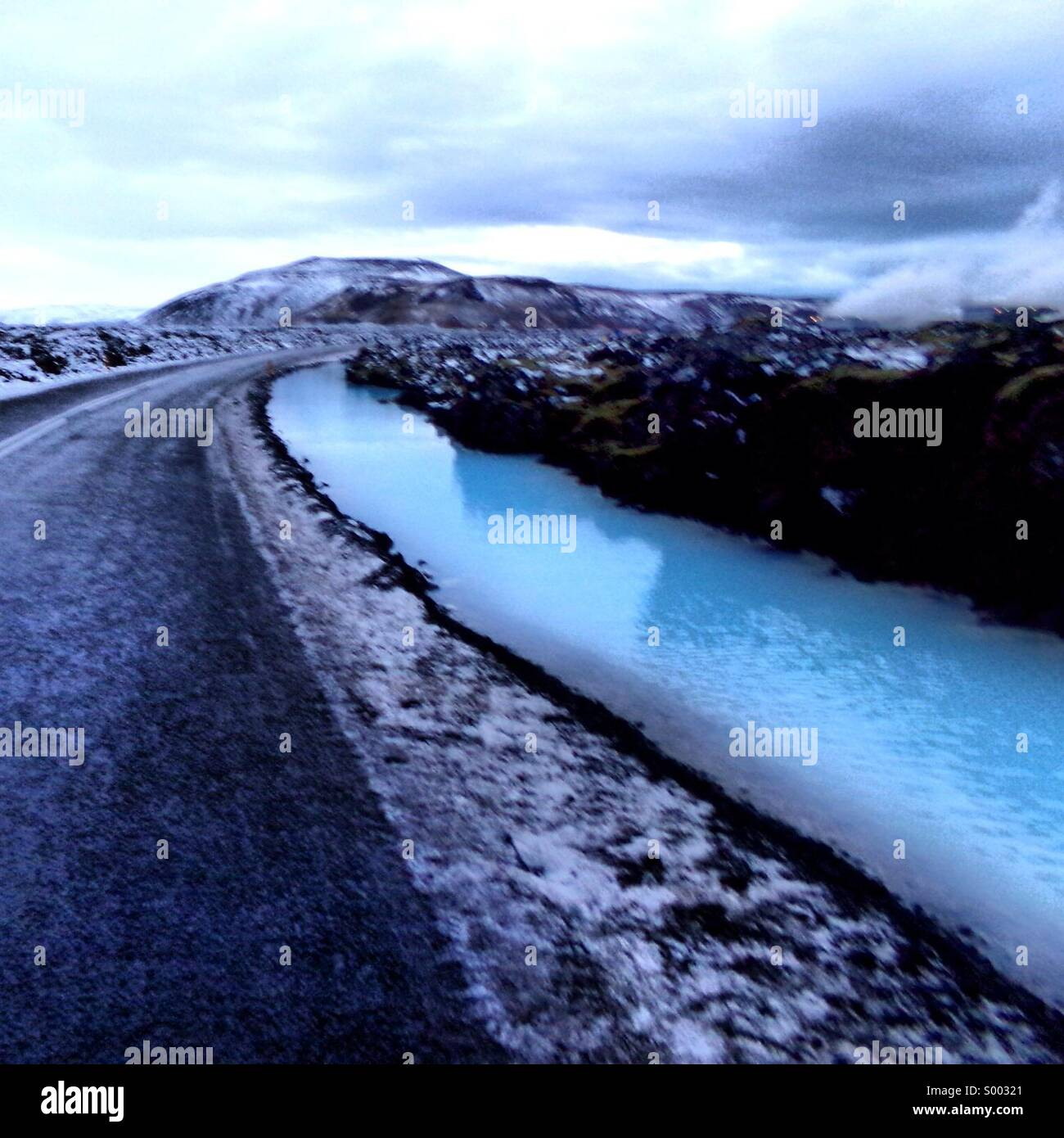 Roadway in Iceland near the Blue Lagoon. - Stock Image
