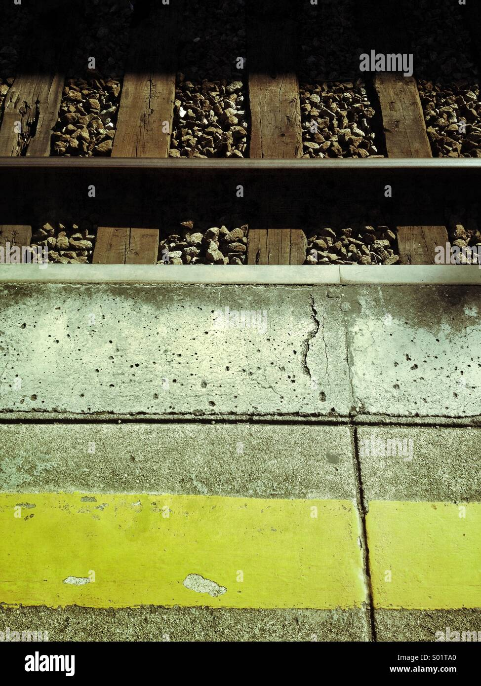 Waiting train, train platform - Stock Image