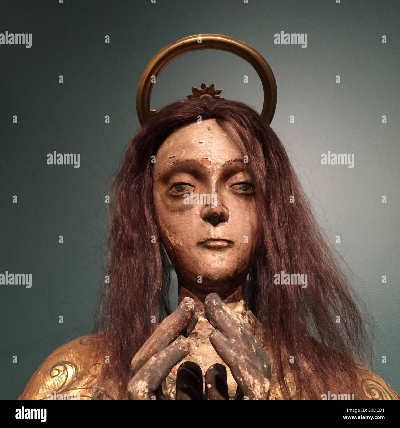 statue-of-our-lady-of-sorrows-the-virgin-mary-S0DCD1.jpg