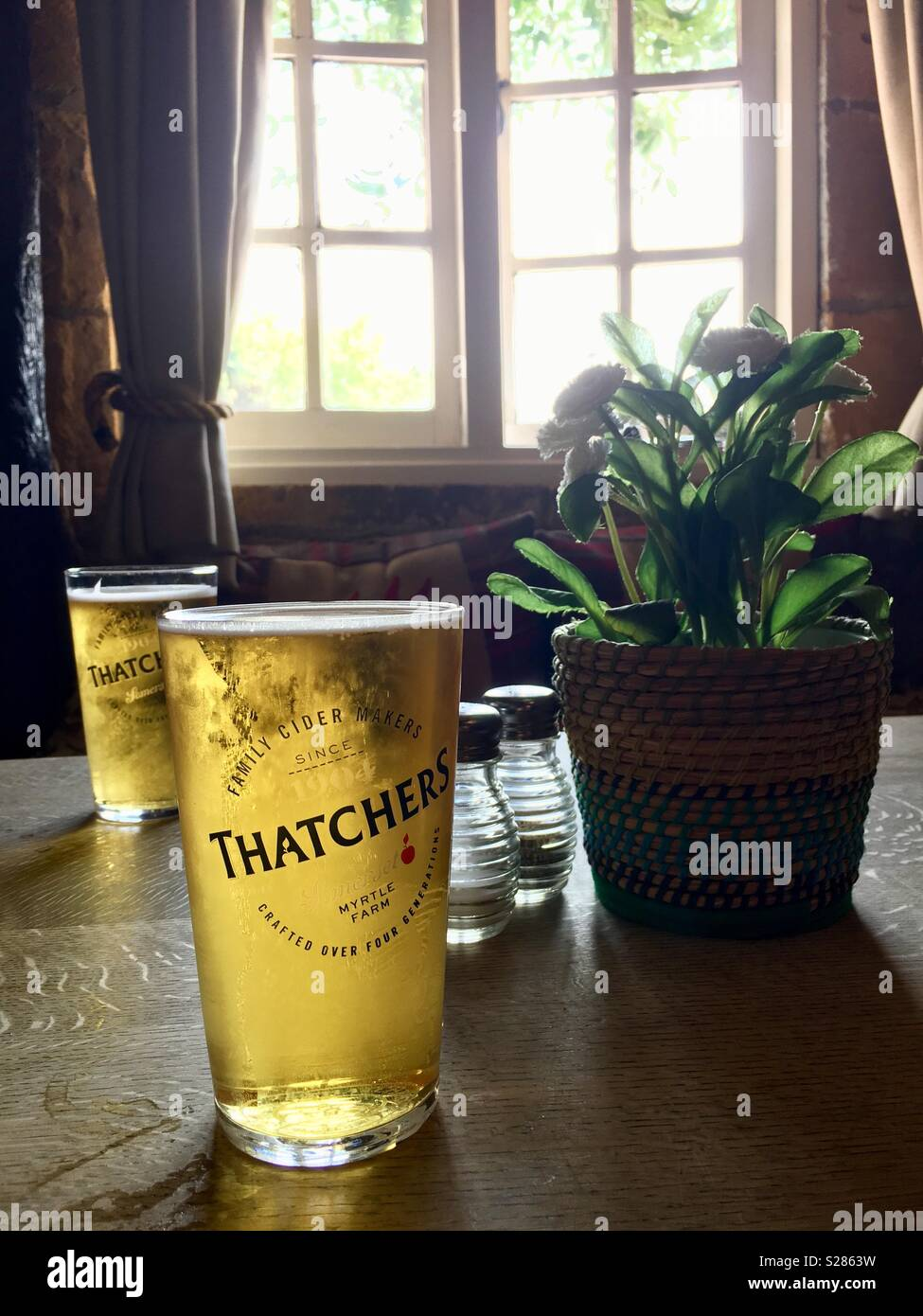 drinking-thatchers-apple-cider-at-a-pub-