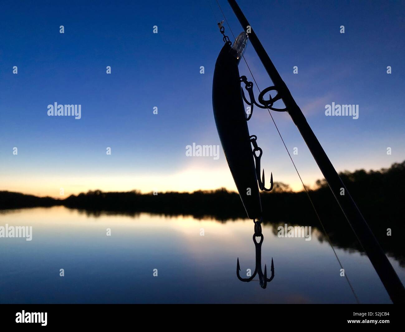 silhouette-of-a-fishing-lure-and-fishing