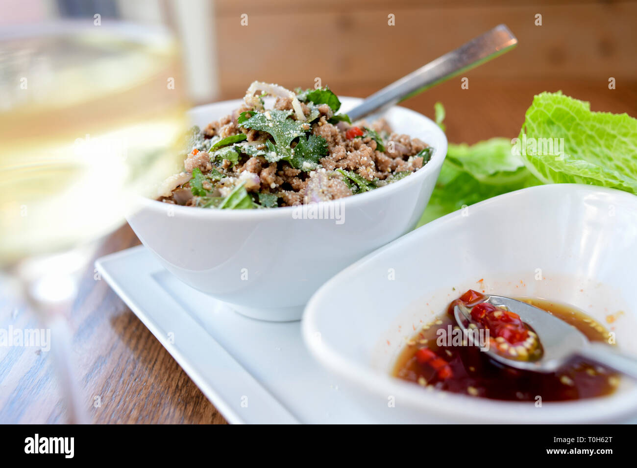 food-thai-dish-larb-with-pork-and-a-hot-chili-sauce-T0H62T.jpg