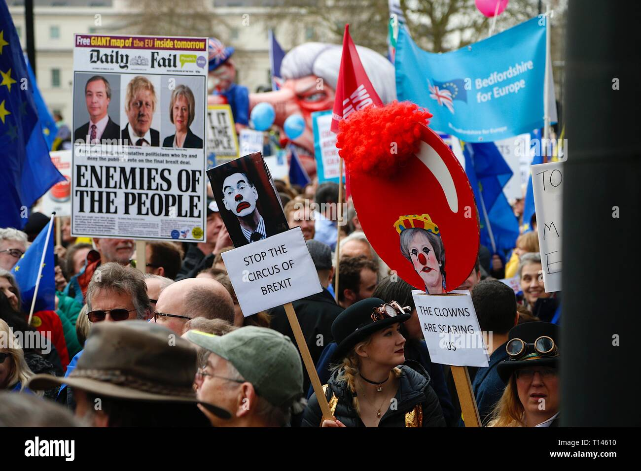 London, UK. 23 Mar, 2019. People's Vote March: Hundreds of thousands of pro-EU supporters attend a mass march to Westminster. People are expected to join the march from Park Lane to Parliament Square beginning at noon with speeches commencing at 2.45pm from all political party's. ©Paul Lawrenson 2019, Photo Credit: Paul Lawrenson/Alamy Live News Stock Photo