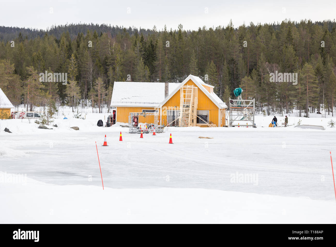hakadal-norway-24th-march-2019-final-preparations-taking-place-ready-to-start-filming-the-25th-james-bond-film-in-the-forest-north-of-oslo-norway-credit-paul-smithalamy-live-news-T188AP.jpg
