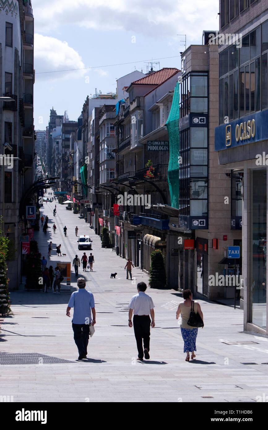 rua-do-principe-vigo-pontevedra-province-galicia-spain-T1HDB6.jpg