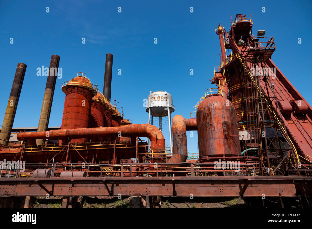 usa-alabama-birmingham-the-sloss-furnaces-now-a-national-historic-landmark-once-a-pig-iron-plant-T2EM32.jpg