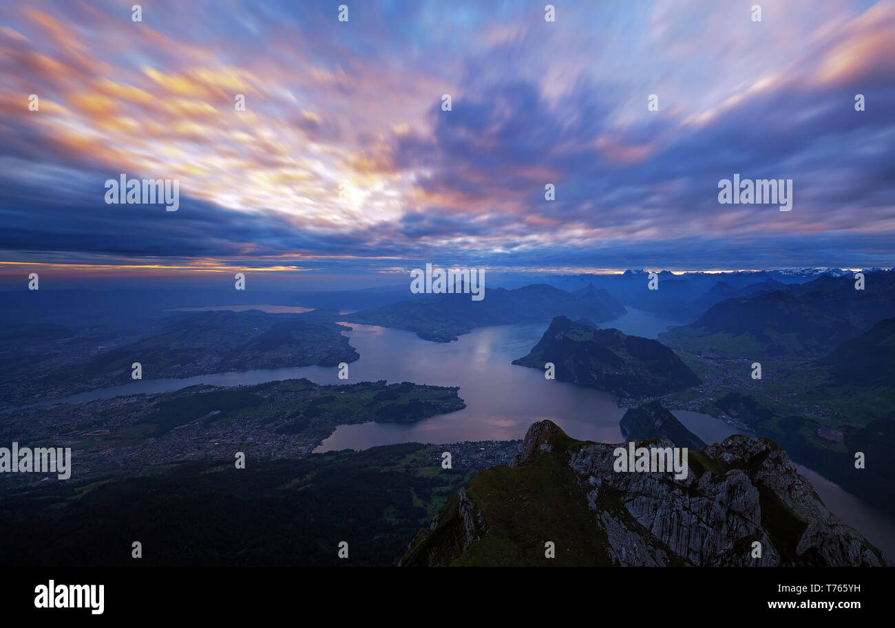 sunrise-over-the-lake-lucerne-T765YH.jpg
