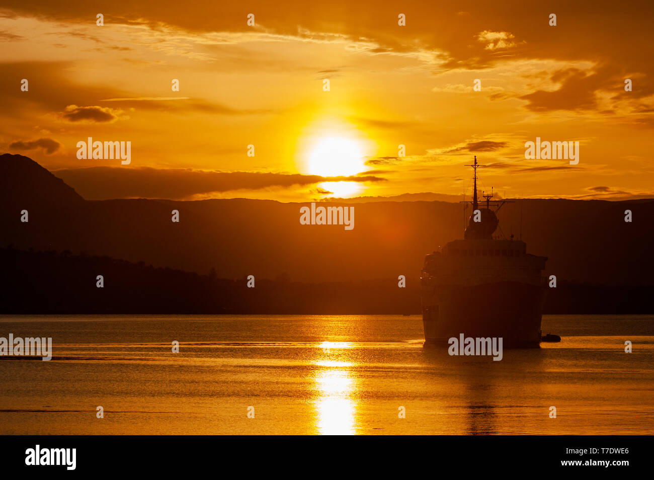 bantry-west-cork-ireland-6th-may-2019-the-sun-sets-behind-cruise-ship-serenissima-as-she-lies-at-anchor-in-bantry-bay-having-arrived-early-this-morning-she-sails-later-on-this-evening-credit-andy-gibsonalamy-live-news-T7DWE6.jpg