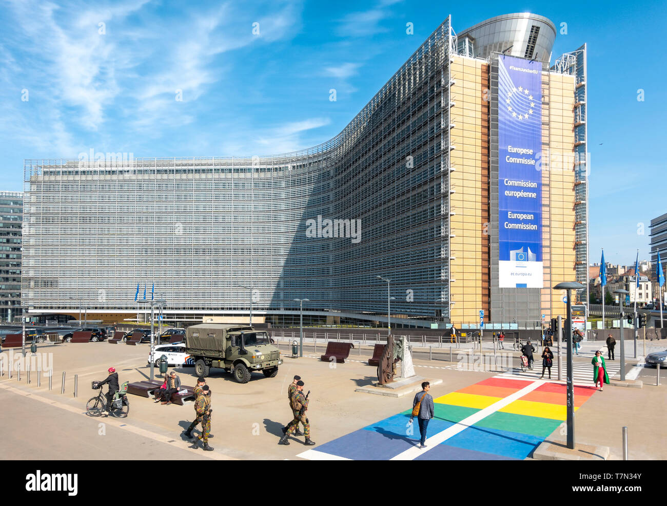 https://c7.alamy.com/comp/T7N34Y/brussels-berlaymont-building-headquarters-of-the-european-commission-ec-the-executive-of-the-european-union-eu-brussel-bruxelles-belgium-europe-T7N34Y.jpg
