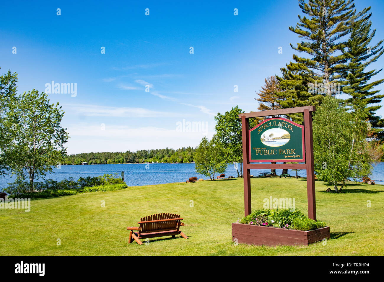 a-view-of-lake-pleasant-and-the-speculator-public-park-in-the-adirondack-mountains-ny-usa-TRRHR4.jpg