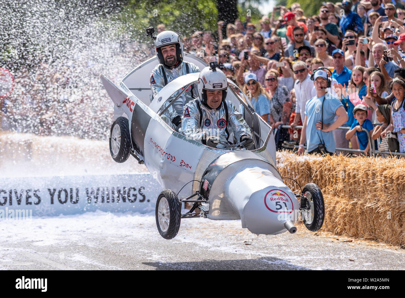 red-bull-soapbox-race-at-ally-pally-in-london-taking-place-in-the-alexandra-park-grounds-below-alexandra-palace-around-60-teams-entered-using-the-contours-to-allow-gravity-to-send-the-un-powered-hand-made-soapbox-carts-down-the-course-which-includes-ramps-of-various-designs-which-sometimes-damage-the-carts-as-they-land-W2A5MN.jpg