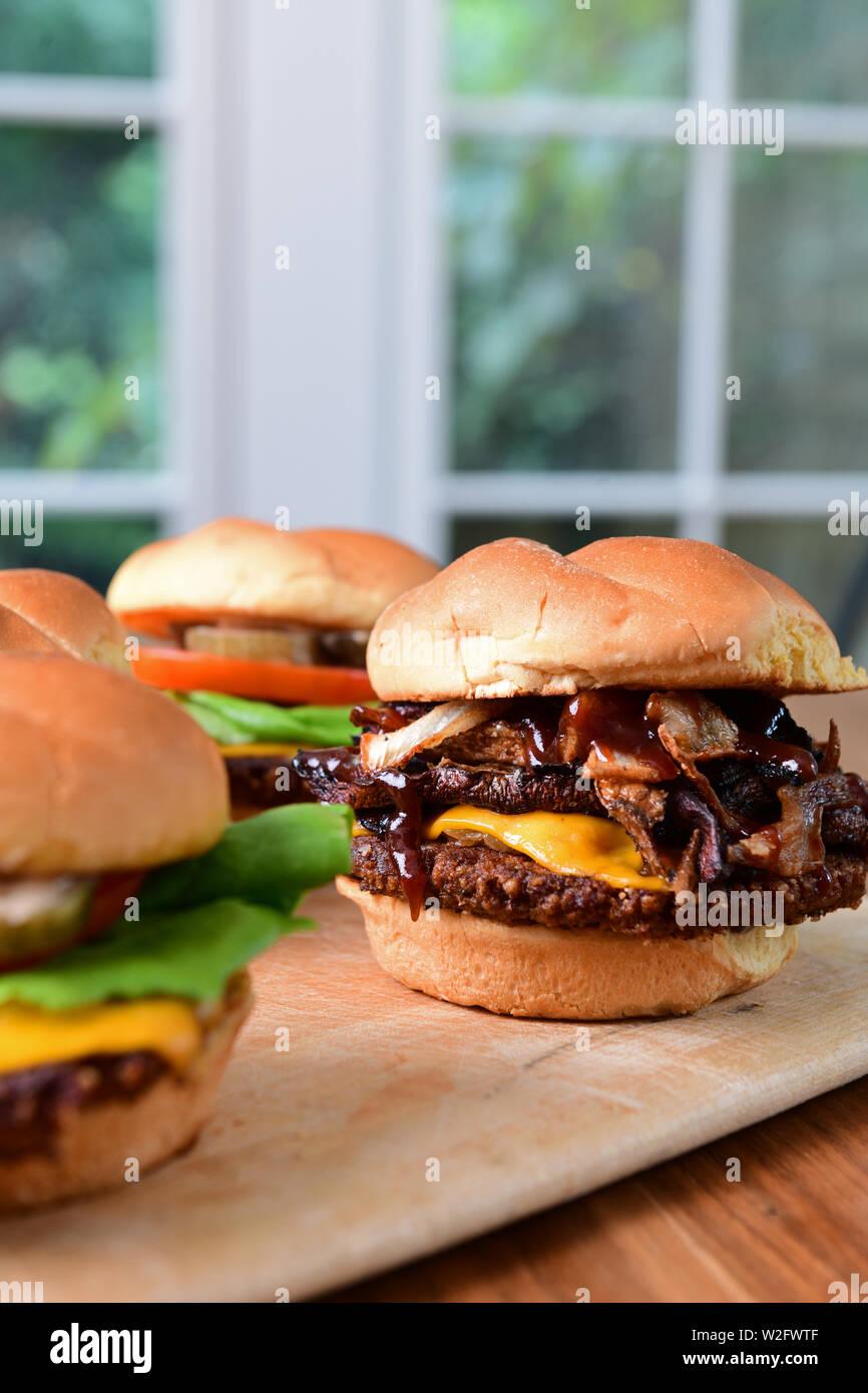 food-vegetarian-meatless-hamburgers-made-from-plant-based-ingredients-vegan-burgers-W2FWTF.jpg