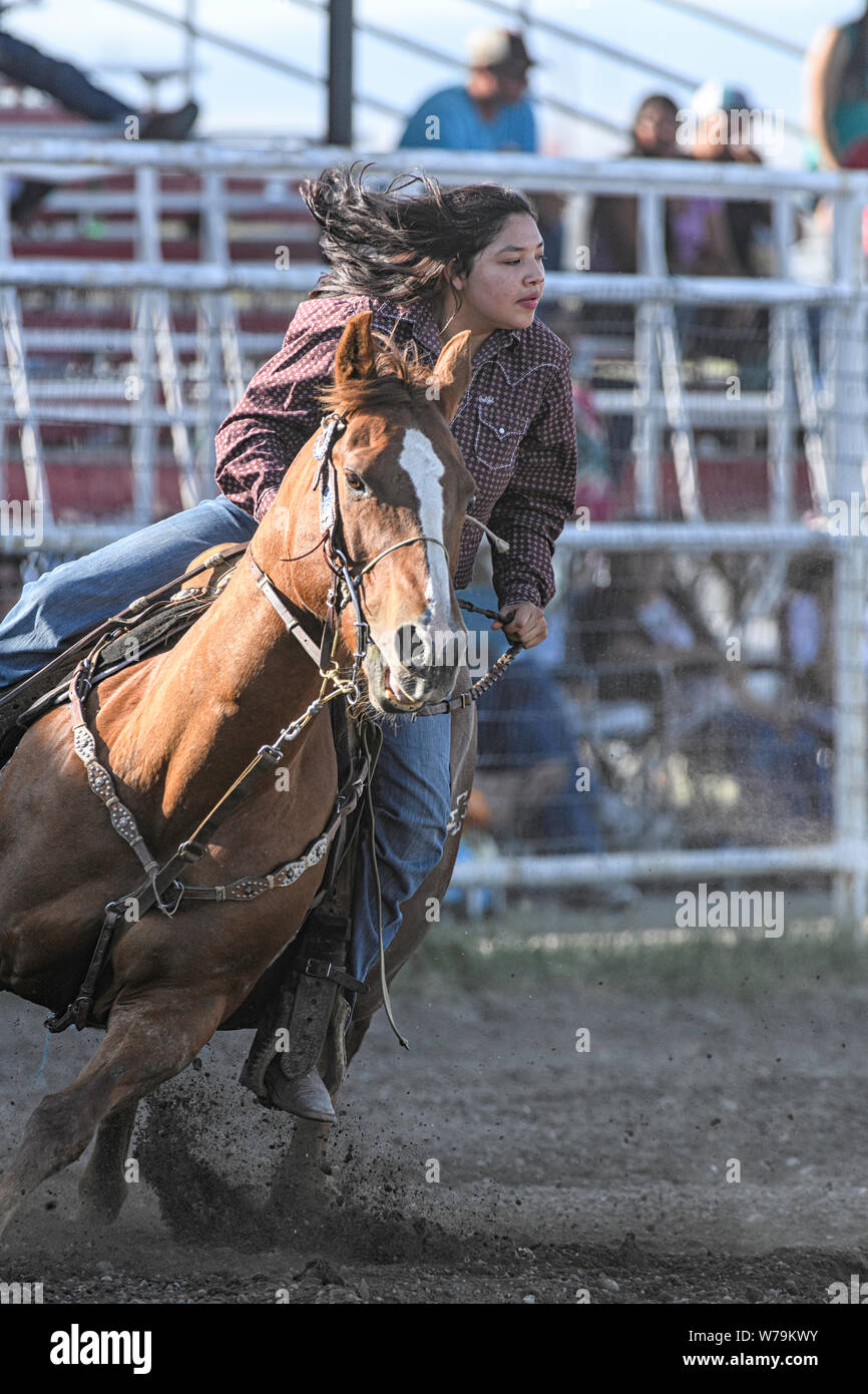 barrel-racer-at-the-brocket-piikani-nation-rodeo-alberta-canada-W79KWY.jpg