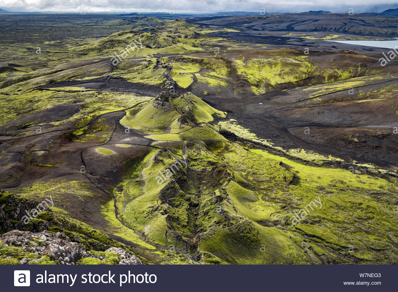 iceland-lakaggar-craters-of-laki-seen-fr