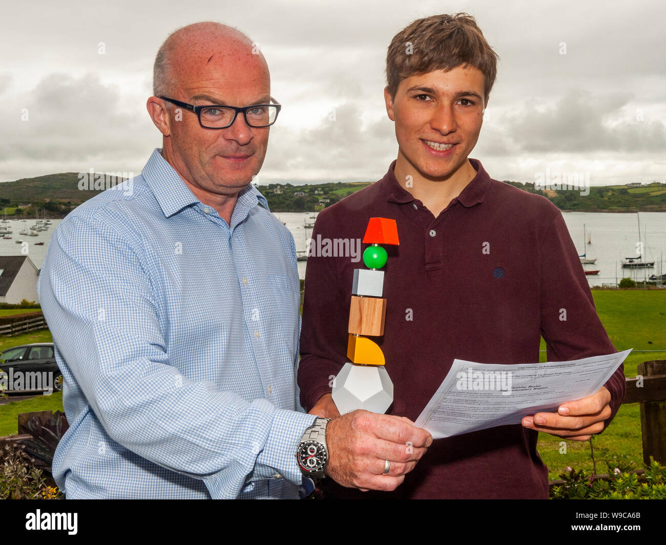 schull-west-cork-ireland-13th-aug-2019-almost-59000-students-were-due-to-receive-their-leaving-cert-results-today-a-day-earlier-than-previous-years-checking-his-results-was-google-science-fair-winner-fionn-ferreira-with-school-principal-brendan-drinan-credit-andy-gibsonalamy-live-news-W9CA6B.jpg