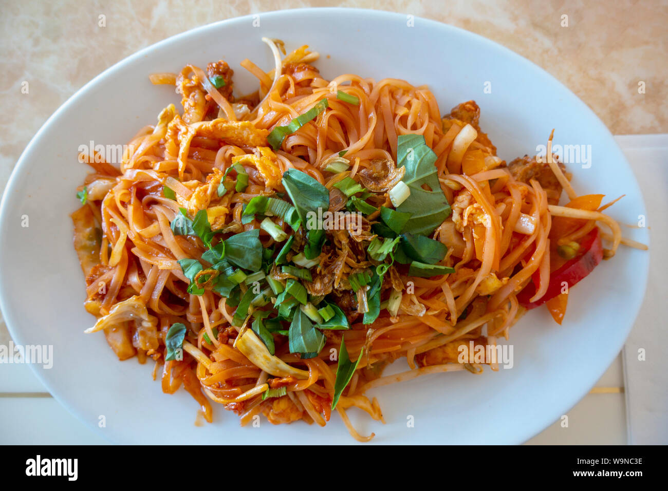 a-vegetarian-pad-thai-dinner-with-fresh-