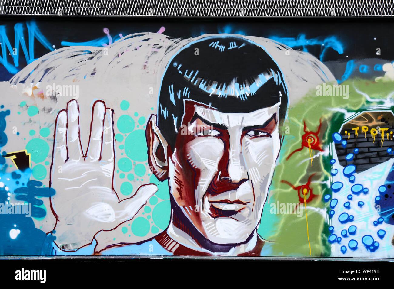 graffiti-of-leonard-nimoy-as-mr-spock-fr