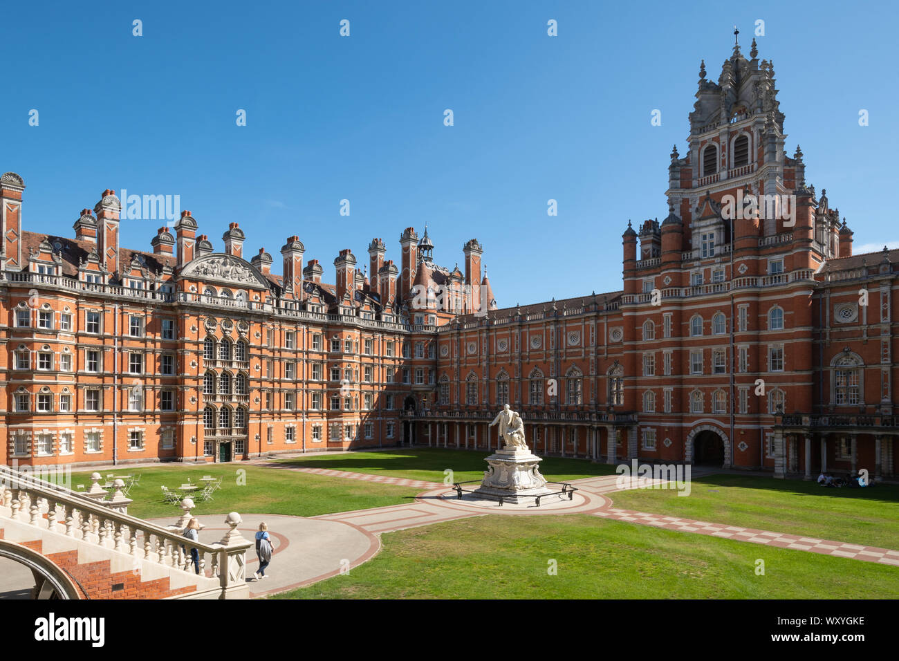 the-historic-founders-building-at-royal-holloway-college-in-surrey-uk-part-of-the-university-of-london-and-originally-a-college-to-educate-women-WXYGKE.jpg