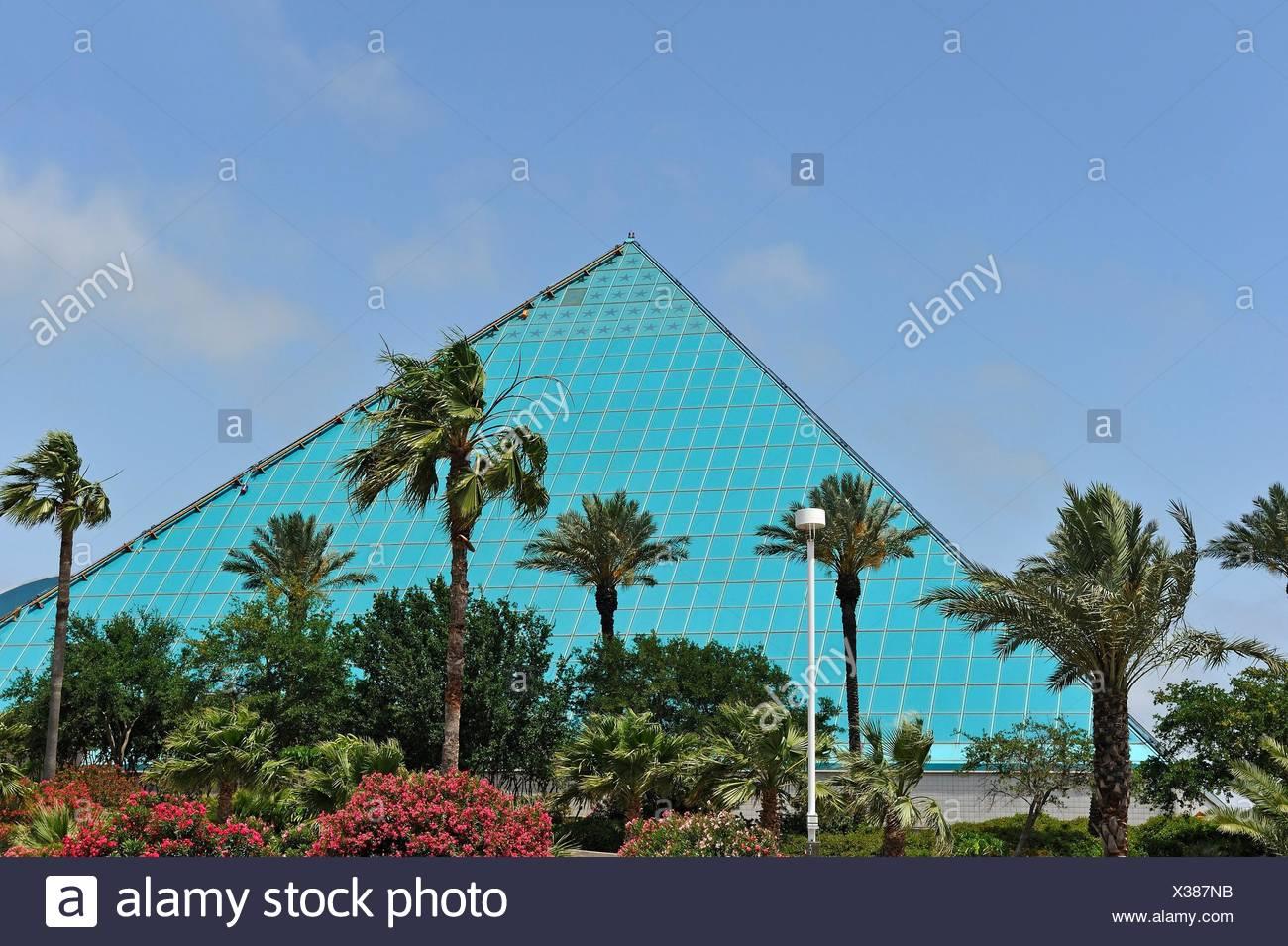 Aquarium Pyramid, Moody Gardens, Galveston island, Gulf of Mexico, Texas, United States of America, North America. - Stock Image