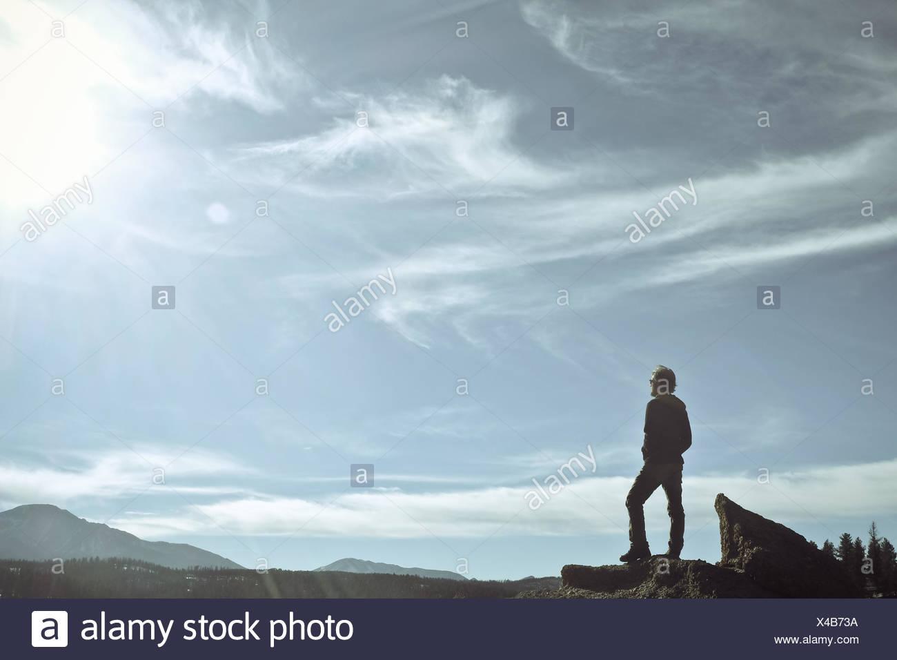 Man standing on Pikes Peak, Colorado, America, USA - Stock Image