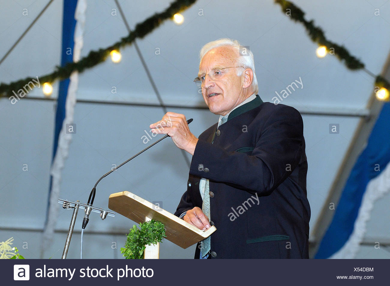 Dr. Edmund Stoiber holding a speech at a lectern in a beer tent Grosshoehenrain Upper Bavaria Bavaria  sc 1 st  Alamy & Dr. Edmund Stoiber holding a speech at a lectern in a beer tent ...