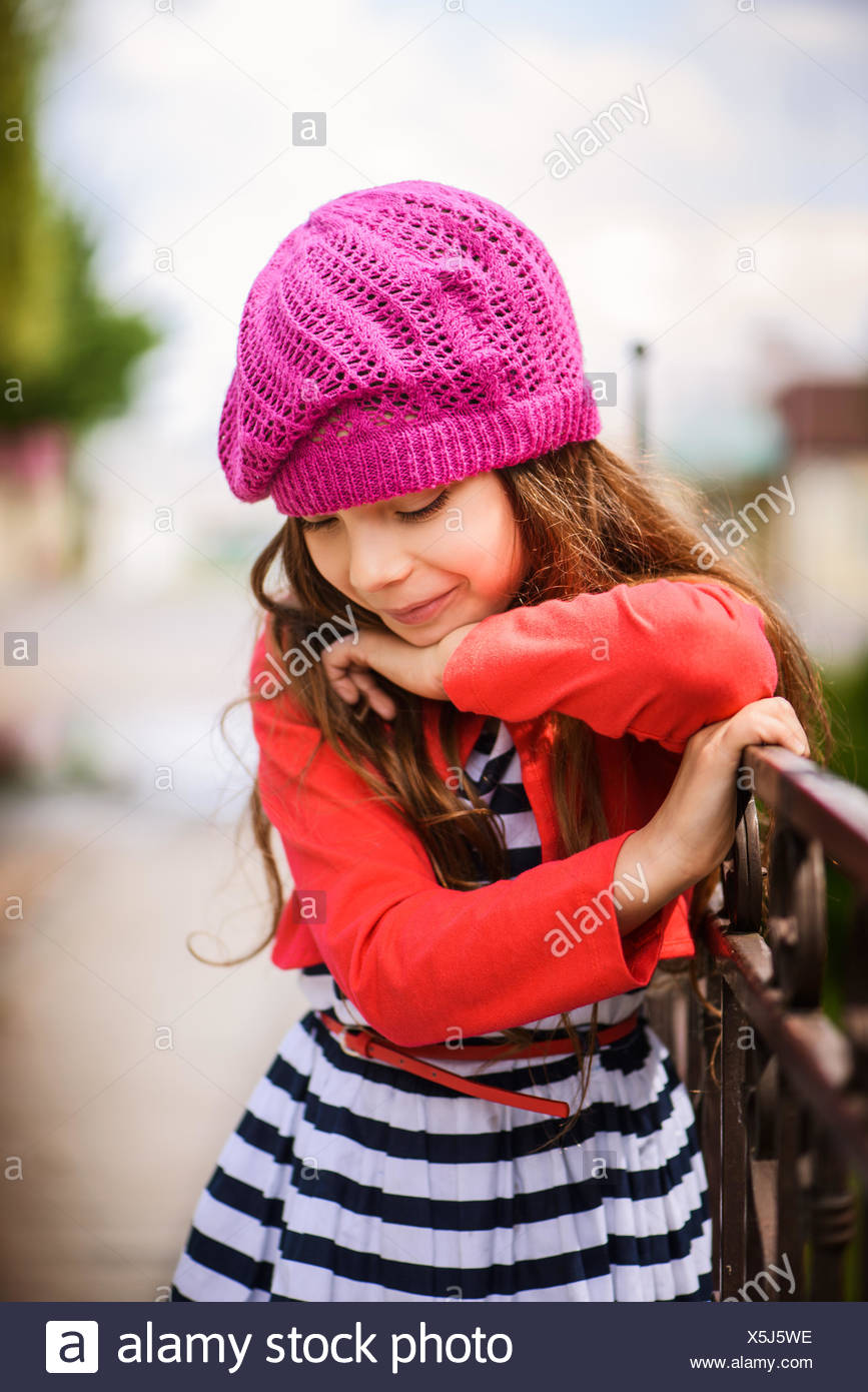 little girl in red beret Stock Photo  278838938 - Alamy b141dc5c11c
