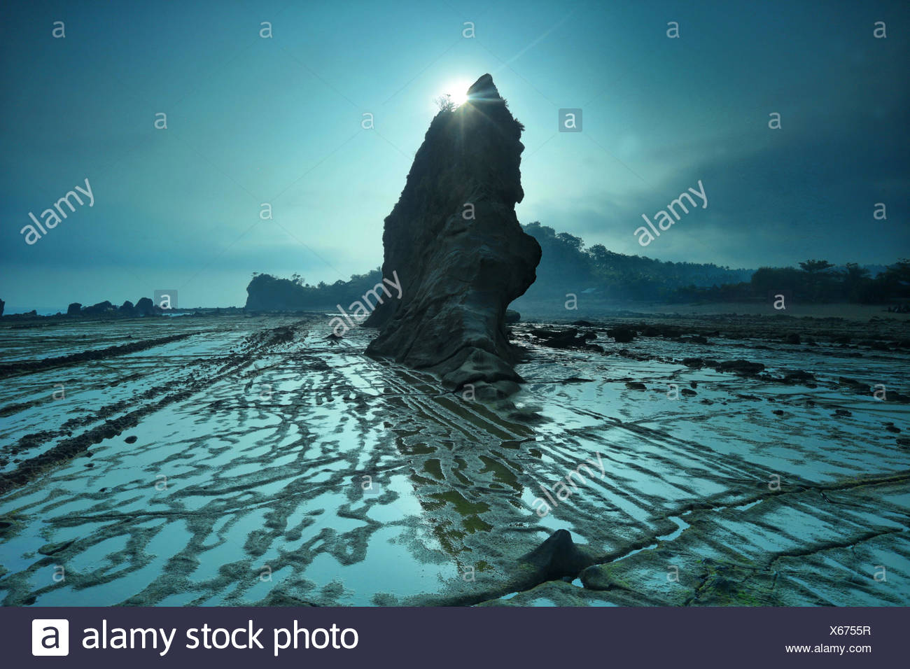 Indonesia, Sawarna, Tanjung Layar, View of rock formation - Stock Image