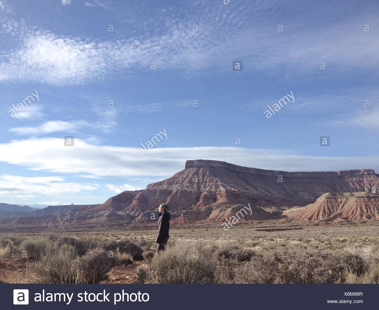 USA, Utah, Woman enjoying landscape near Zion National Park - Stock Image