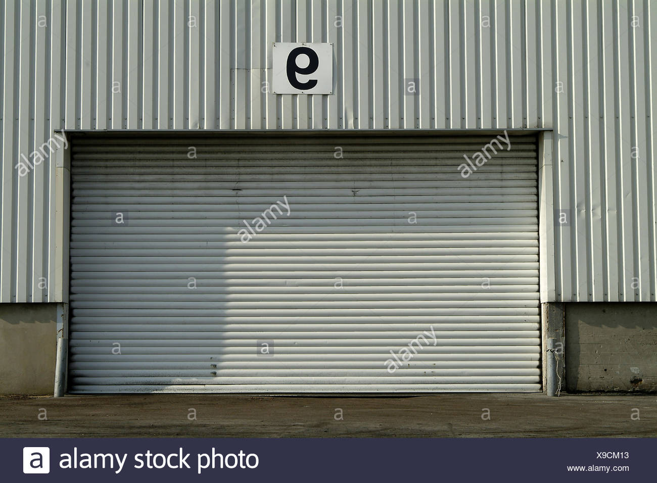 Warehouse, Detail, Garage Door, Support, Hall, Corrugated Iron, Corrugated  Iron Wall, Goal, Garage, Access, To, Sealed, Obstructs, Right To Admission,  ...