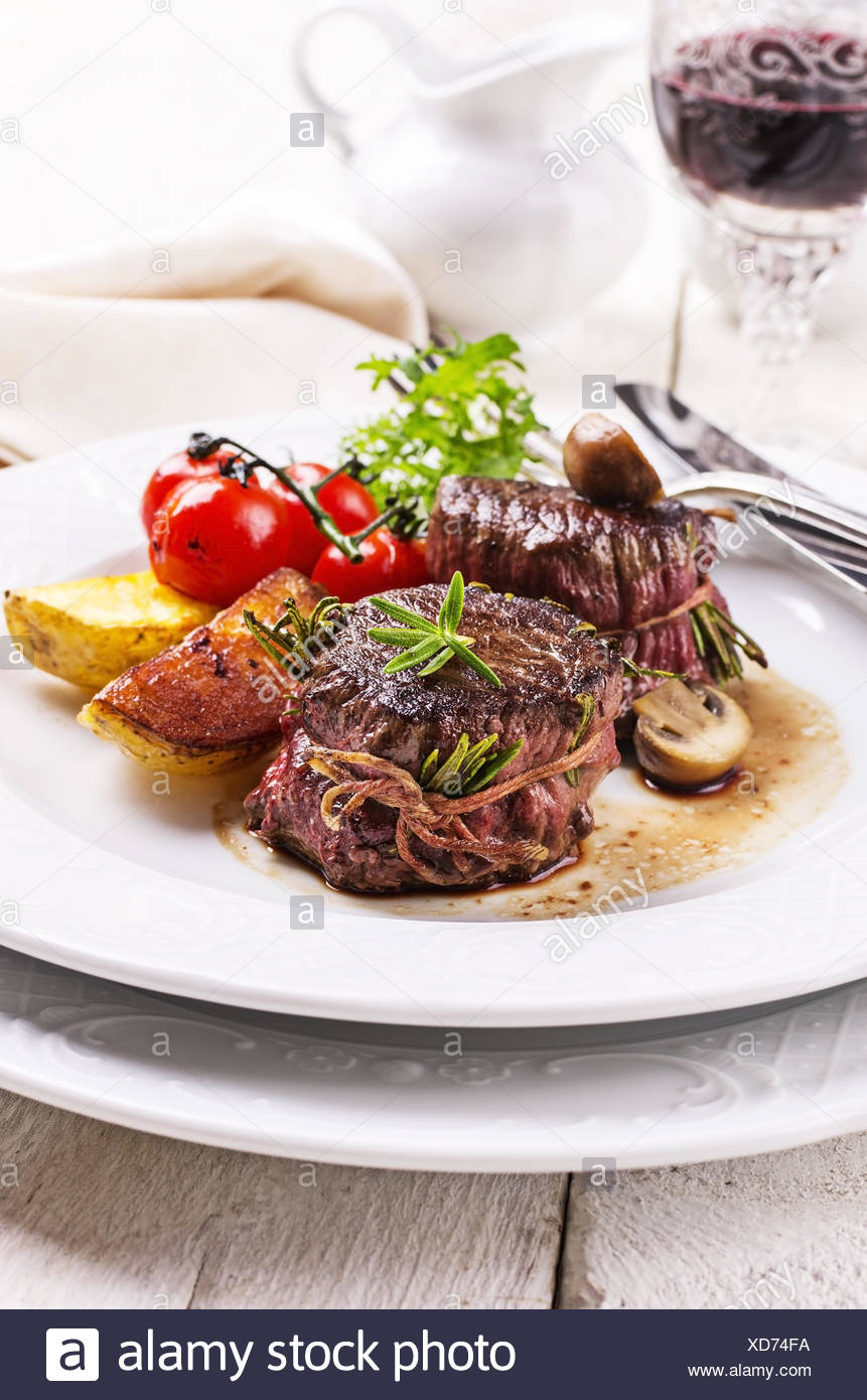 beef medallions - Stock Image