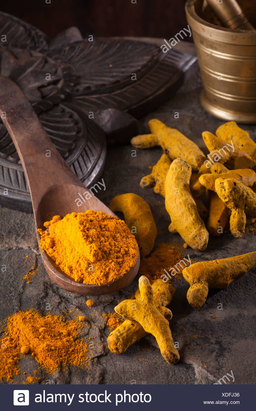 Indian spices/ Chili Flakes, Turmeric, Chili , Cardamom, Star Anise, Black Pepper - Stock Image