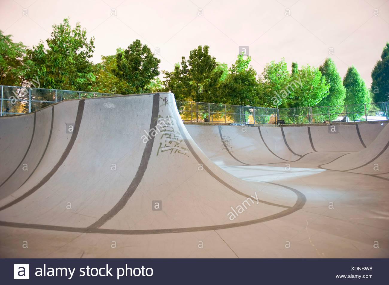 An empty skateboard park - Stock Image