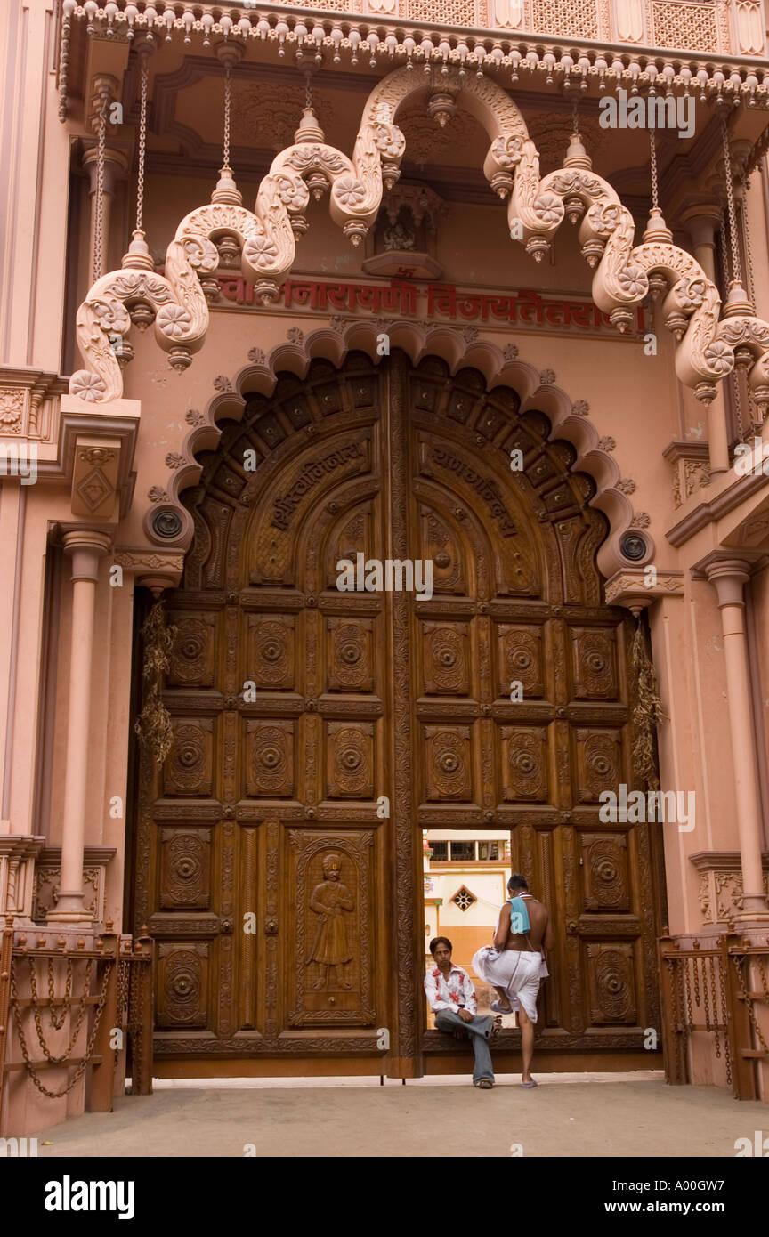 6 Places To Visit in Kanchipuram