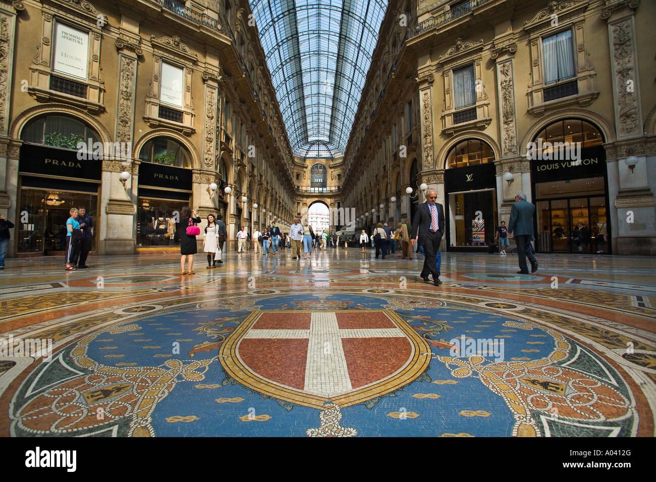 Galleria Vittorio Emanuele II il Salotto di Milano or ...