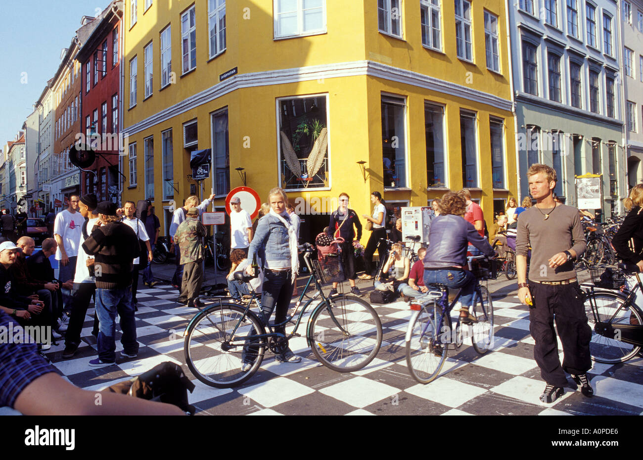 copenhagen hispanic single men Free to join & browse - 1000's of black men in copenhagen, kobenhavn - interracial dating, relationships & marriage with guys & males online.