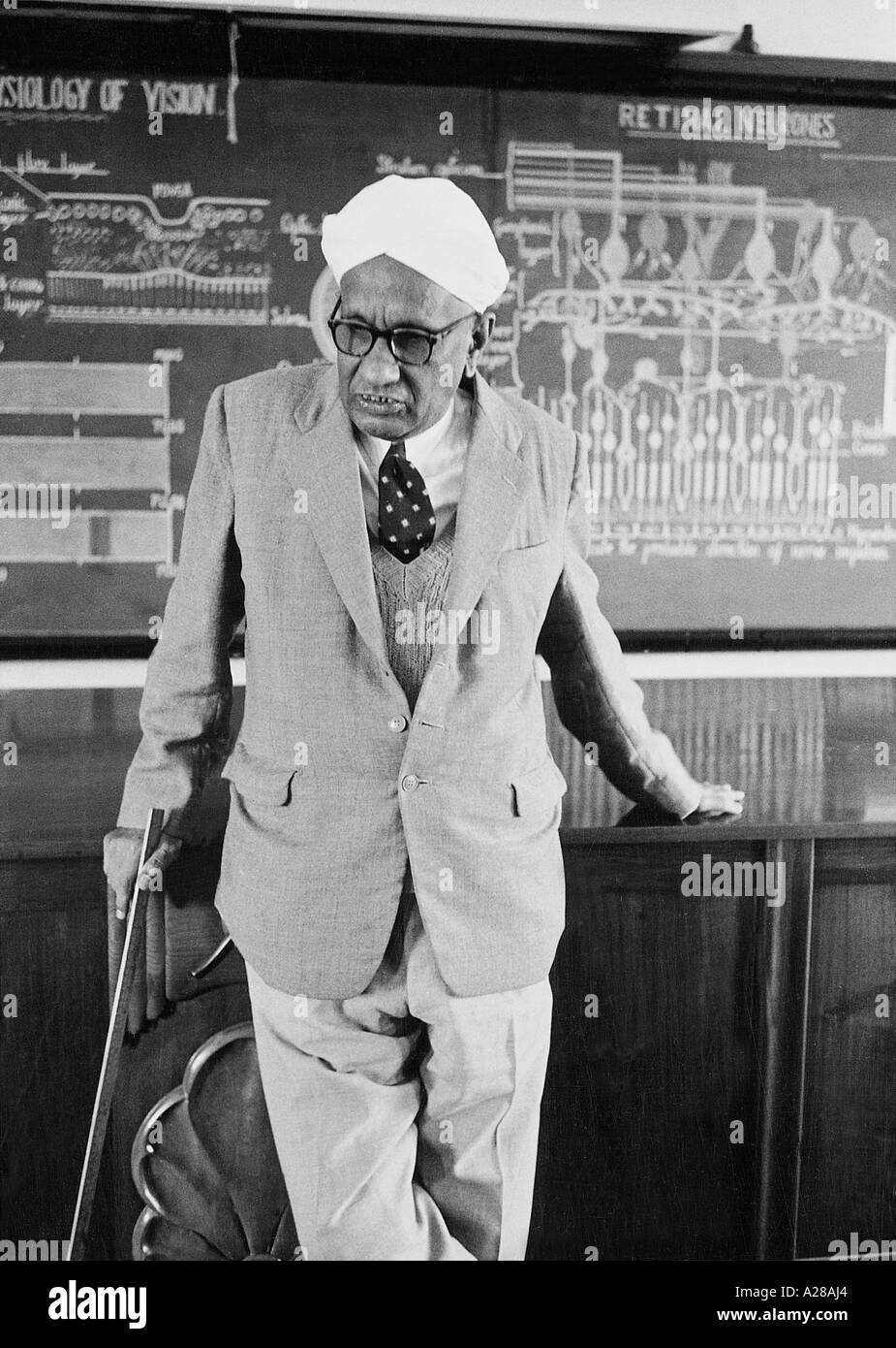 Nobel Laureate Sir C V Raman in the lecture hall of Raman Research Institute at Bangalore india 1962 Stock Photo
