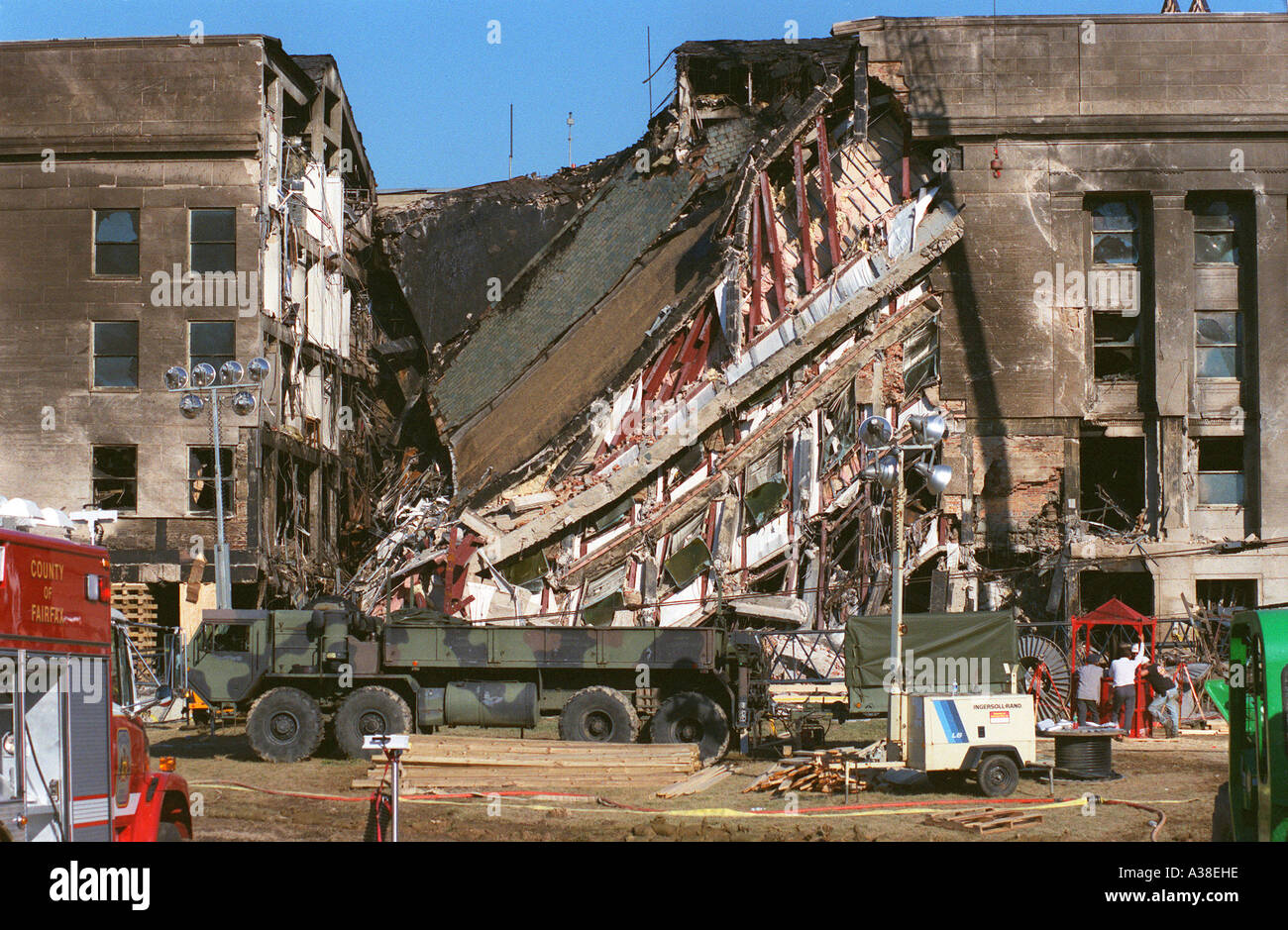 images september 11 2001 Rare, powerful photos from september 11, 2001 for americans, there is no single event in modern history as sobering as 9/11 it was an event so horrific, it redefined the world we live in.