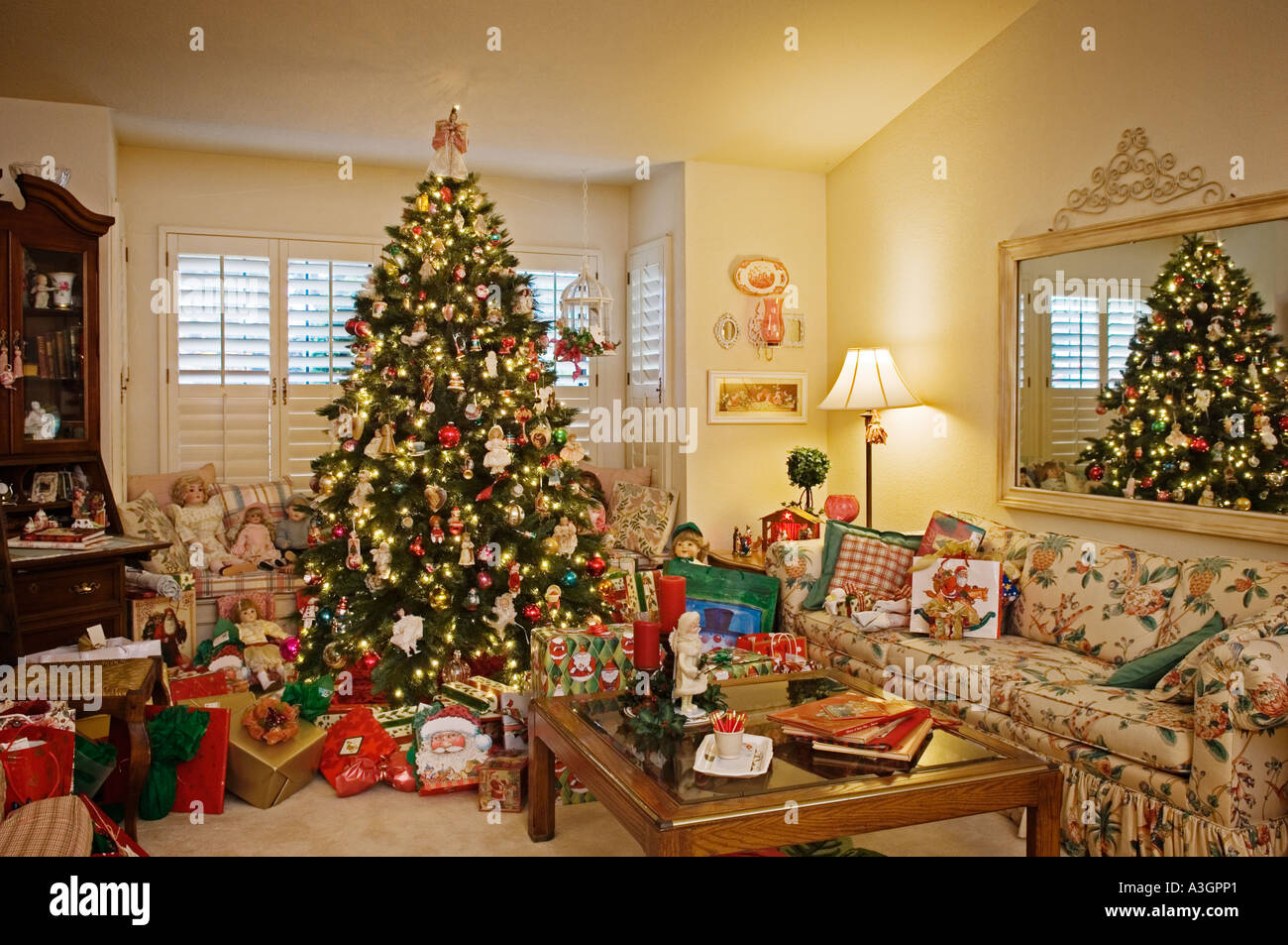 Christmas tree decorations and gifts in living room of for Home decor online shopping usa
