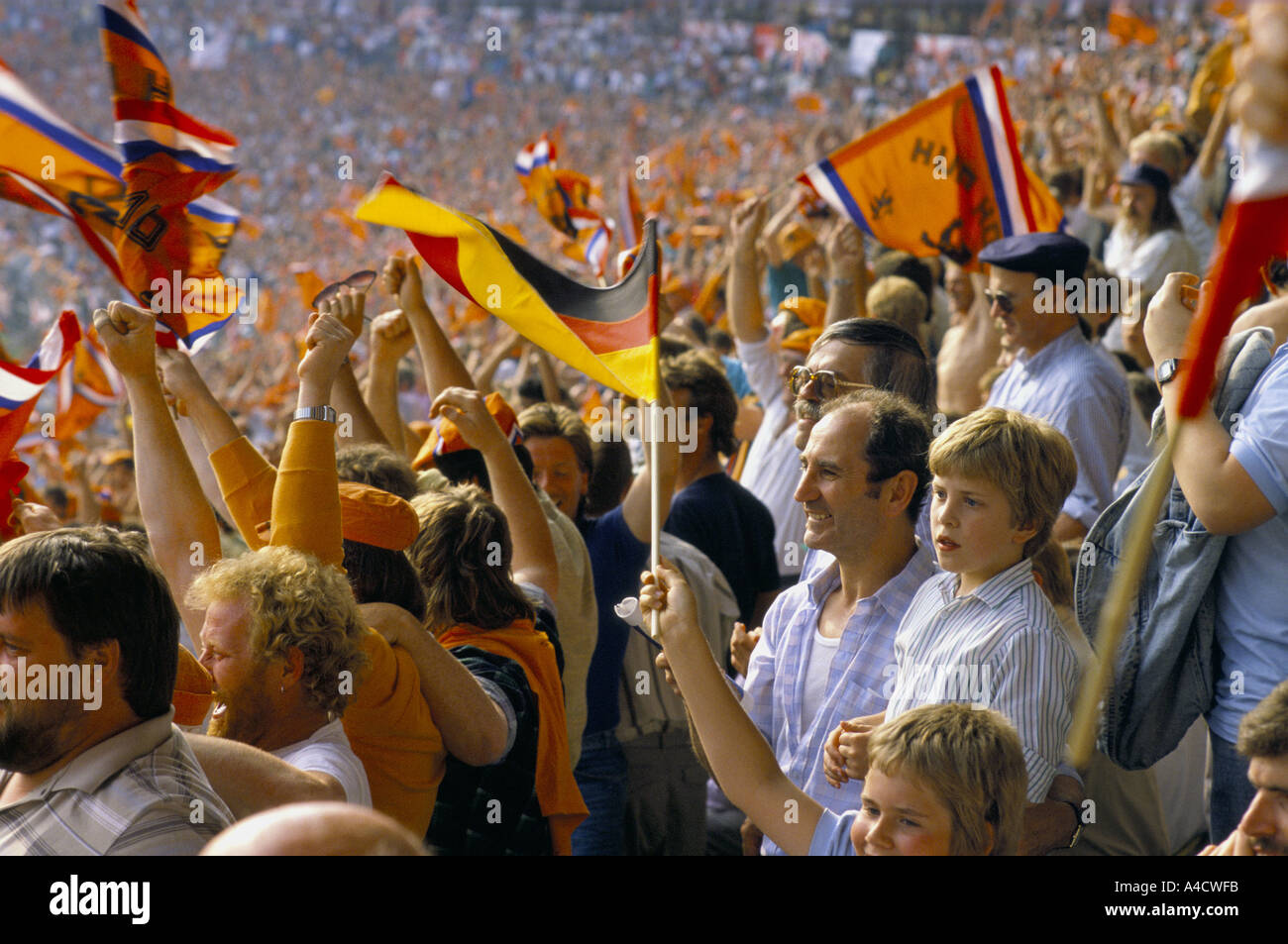 Crowd Deutsch