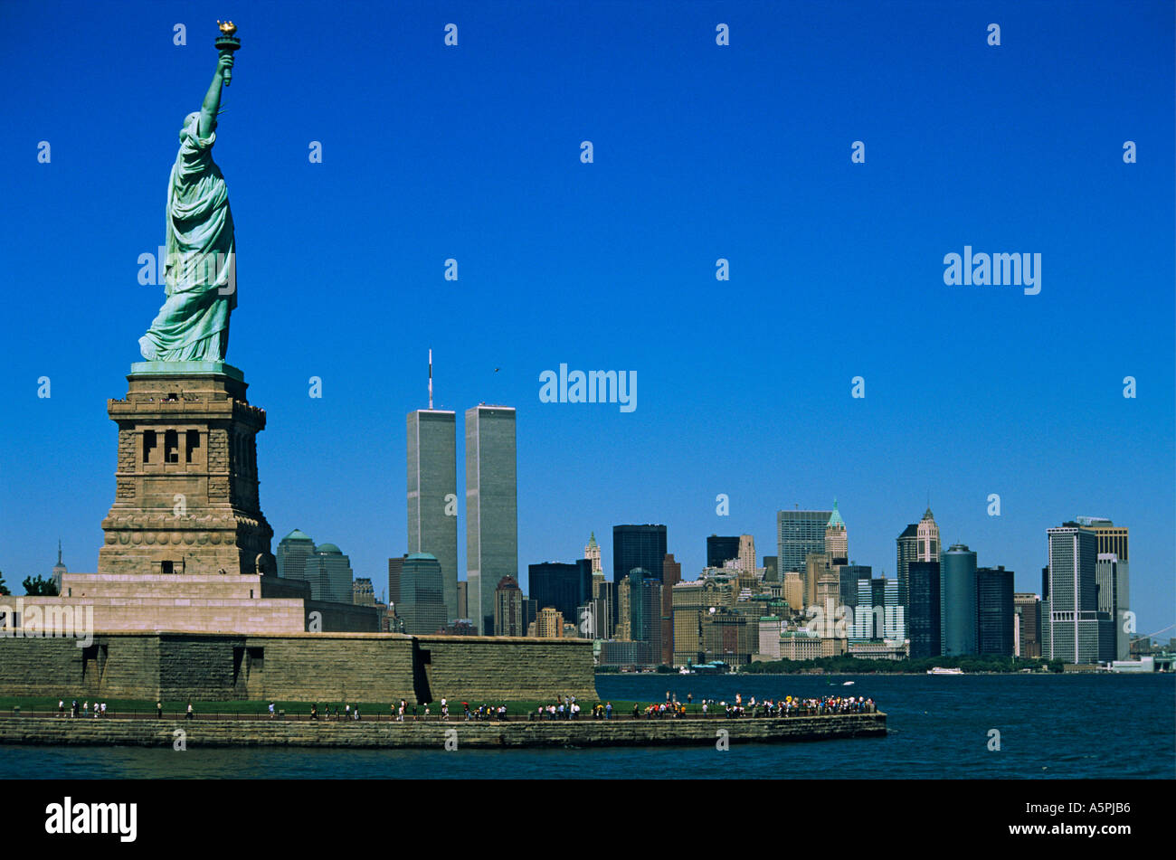 new york skyline with statue of liberty before 911 with