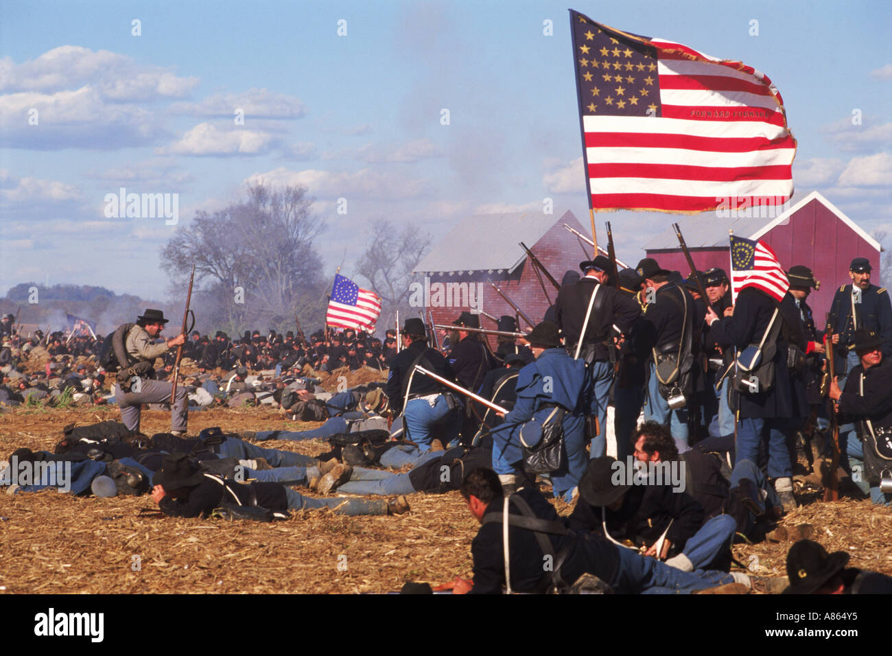 an analysis of the union and confederate soldiers The civil war summary big picture analysis  and asked congress for 500,000 soldiers  winning victory after victory over poorly-led union forces, confederate.