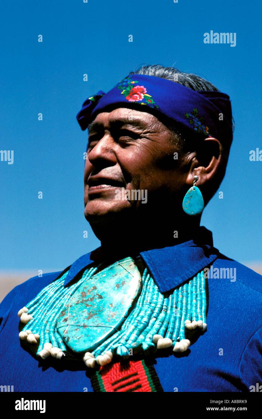 New mexico albuquerque native american navajo indian for Thunderbird jewelry albuquerque new mexico