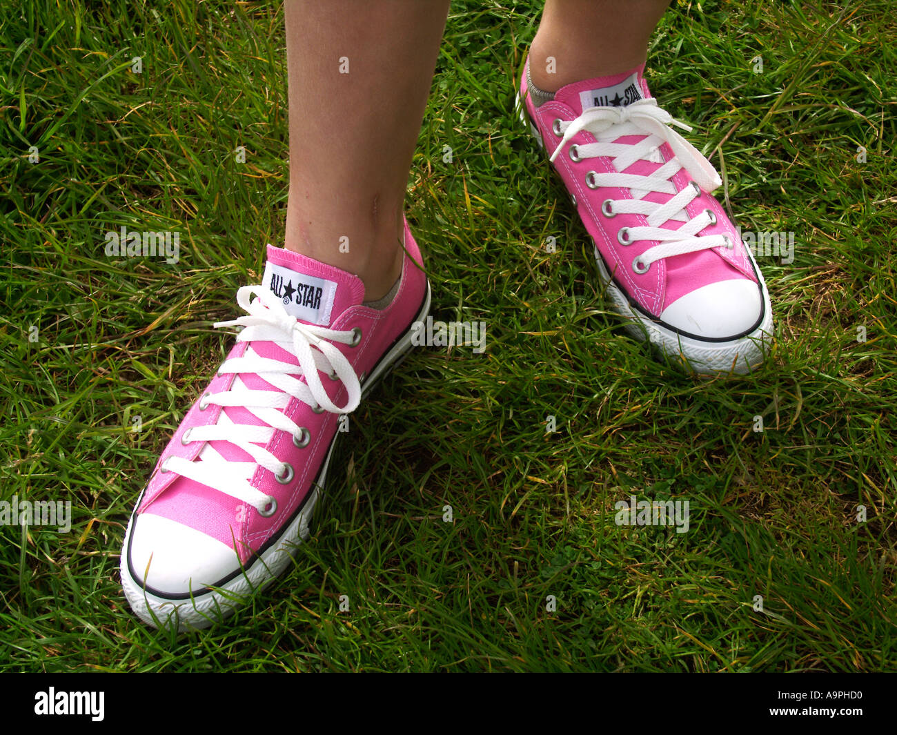 Girl Tennis Shoes On Sale